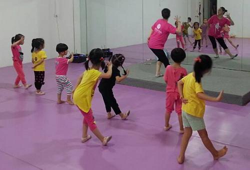 幼儿舞蹈班